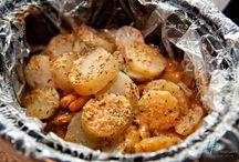 Crockpot Meals / by Ashley Vandiver