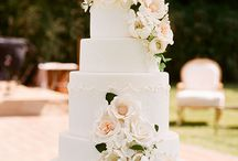 Wedding cakes / by Liliana Neves