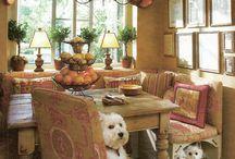 Maison ~ la salle à manger / Dining Rooms, Breakfast Nooks / by Elizabeth Atwood