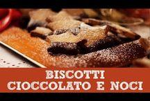 Ricette di Natale / Tre ricette perfette per il Natale: i cantucci - tozzetti traduzionali, i biscotti noci e cioccolato e il toast di pandoro!