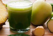 Рецепты нутрибластов / Есть ли разница между смузи и напитком, сделанным с помощью NutriBullet? Даже если вы возьмете те же овощи и фрукты, которые обычно выбираете для сока или пюре, NutriBullet приготовит абсолютно бесподобные коктейли - намного более густые и однородные, чем любой блендер.  Это устройство полностью разрушает и измельчает замороженные фрукты, орехи и семена в однородную массу. Он дробит клеточные стенки, освобождая все скрытые целительные силы, так что ваше тело действительно может их использовать.