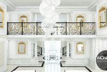 Stylizowany dom pod Warszawą / Nasz kolejny projekt to stylizowany dom pod Warszawą. To co go wyróżnia to niezwykłą elegancja i szyk. Połączenie kolorów bieli z elementami złota i czerni stwarza wrażenie dostojności i ekskluzywności. Przy tym zaskakuje on niezwykłą prostotą formy i oszczędnością dodatków.  Po więcej inspiracji zapraszamy na naszą stronę: http://monostudio.pl/portfolio_item/stylizowany-dom-warszawa/ oraz na Facebooka