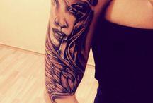 Woman / Tatto