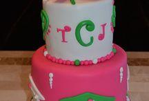Graduation Cakes! / www.eloisespastries.com