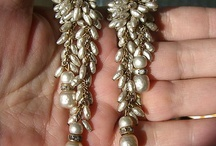 MIRIAM HASKELL BAROQUE PEARL LONG DANGLY EARRINGS GOLD CHAINS