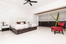 Luxury flat near beach / This two bedroom apartment offers everything you will need to enjoy your vacations. Situated at one minute walk distance from the beach and one minute walk to the famous 5th Avenue in #PlayadelCarmen