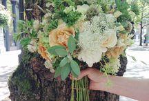 bridesmaid bouquet colours
