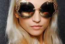 Accessorize / From sunglasses to jewelry, you will find all the accessories for today's modern woman.