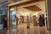 Westfield Miranda November 1 2016 Visual Merchandising / Photo blog of the shop front, visual merchandising, and retail marketing at Westifled Miranda on 1 Novemeber 2016. A lot of great uses of the latest print and display technology.
