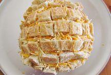 Breads/Rolls / by Danielle Keane