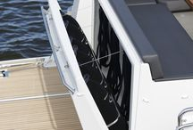 Grandezza 40 FLY / The Grandezza 40 FLY is the gracious flybridge version of our esteemed 40 CA. Impressively designed throughout, she encapsulates a spacious and practical interior full of smart details for comfort and enjoyment for all voyages at sea.
