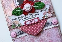 Authentique Lovely layouts / Romantikus, finom, nőies papírkészlet a leggyengédebb érzésekhez. Barna-piros-rózsaszínű, enyhén koptatott és itt-ott rétegzett, szinte kész hatásúra tervezett scrapbook kollekció. http://webaruhaz.scrapbook.hu/213-lovely
