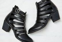 Ayakkabı yaz ve kışlık / Ayakkabı