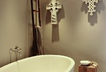 Special Bathrooms / So you can't move house? What if you woke up every morning & stumbled sleepily into one of these gorgeous barhrooms? Life wouldn't be so bad.Take a little inspiration from these, so no ordinary bathroom for you!