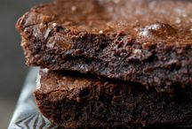 Gluten Free Goodness / by Sara {Pidge's Pantry}