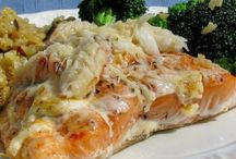 Gettin' Crabby With It / Crab recipes, party food inspiration, crab pics.