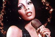 Rip Donna Summer (The Quenn of Disco ) / by Bea Panussis Ray