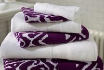 Decorating / Plum towels