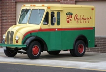 I want a vintage milk delivery truck for Old Red Barn Co. purposes