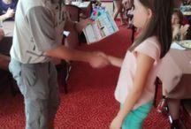Vyhodnocení soutěže pro děti - Historie Ostravy / 4. 8. 2017 si děti z příměstského tábora vyzkoušely své znalosti ostravské historie. Některé otázky byly pěkným oříškem, ale všechny se s tímto úkolem slušně popraly.Na čtveřici šťastlivců čekalo překvapení v podobě drobných dárků.