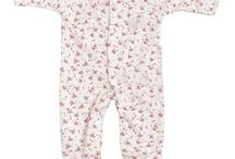 Teddy + Me  Premature and small baby clothes / Beautiful bay clothes designed for special needs of premmie babies but also goes up to 3/6mth standard baby size.  http://dandylionsboutique.co.uk/collections/prem-baby