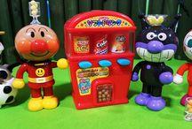 アンパンマン アニメ❤おもちゃ 自動販売機のお菓子オラフもいるよ!Anpanman toys