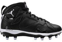 Nike Jordan Men's Retro 7 TD Football Cleats / Nike Jordan Men's Retro 7 TD Football Cleats