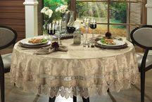 toalha de mesa com guipir