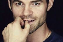 Daniel gillies to