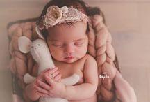 Newborn Photo Props / Newborn and Maternity Photo Prop Recommendations