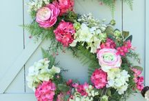 floral arrangements / by Sandra Evans