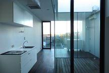 Room / 部屋