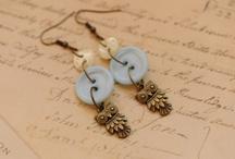 jewelry / by Debbie Gilhespy