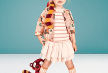 ♪♫ Jungle Bells, Jungle Bells... Jungle all the way! ❄❅ / Journey into the whimsical world of Lilliputiens with the magical FW 2017 collection, 'Georges in the Jungle.' The collection is as spirited, adventurous and downright cheeky as Georges himself. Each toy is carefully crafted to entertain and develop your little one, making playtime with Lilliputiens as educational as it is joyful. Bursting with vibrant colours, premium fabrics and gorgeous illustrations, 'Georges in the Jungle' is a sprightly, stylish gift for the little darlings in your life.