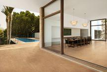 Pisa fuerte con Provenza / Suelos y tarimas para disfrutar del verano en tu jardín o terraza