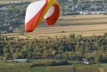 Distance Vol Libre / Distance Vol Libre vous invite à venir découvrir le vol libre et le mont Yamaska en faisant l'essai d'un vol d'initiation en tandem avec un instructeur certifié. Pour ceux et celles qui désirent en faire leur sport, nous offrons également la formation complète de pilotage.