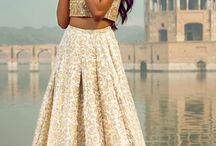 Indian weddings / Indian & Pakistani wedding inspiration with luxury embroidered lenghas and jewellery.