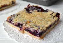 Recipes: Desserts / by Pamela Horton