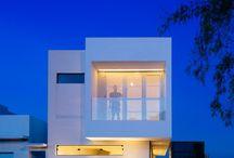 House Be Like-