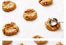 Cookies / by Tami Groff