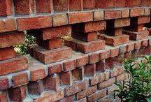 Gardens > Brickwork