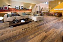 Parchet masiv si scari interioare / parchet din lemn masiv si scari din lemn masiv