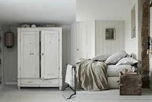 Bedrooms.... / by Lucila Sedano