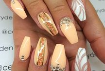 nails / Fashion nails