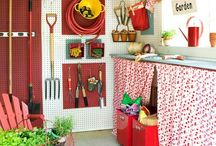 Garden sheds...inside and outside. / Ideas for my new shed.