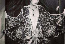 1920 Art Deco