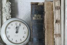 Books Worth Reading / by Linda Rodriguez