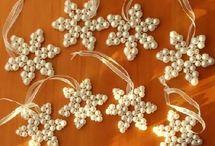 Ornamenti con perline di natale