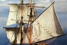 Naves marítimas de todas épocas. / Sean estas actuales abandonadas,etc.