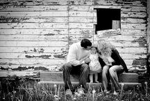 OUTDOOR FAMILY SHOOT IDEAS / Special ideas for a really special family